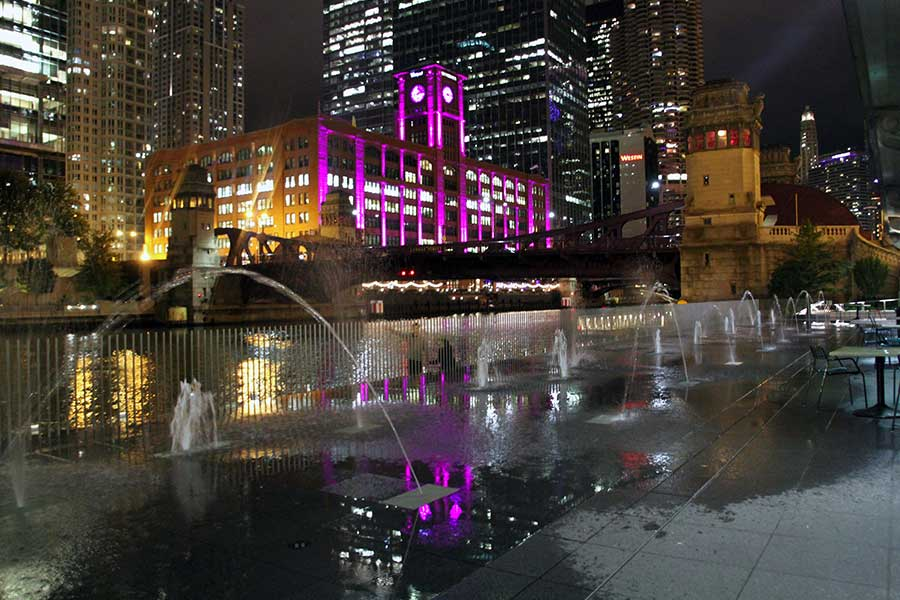 Duroweld_ProjectImages_CHICAGO-RIVERWALK-FOUNTAIN-FEATURES2_900x600