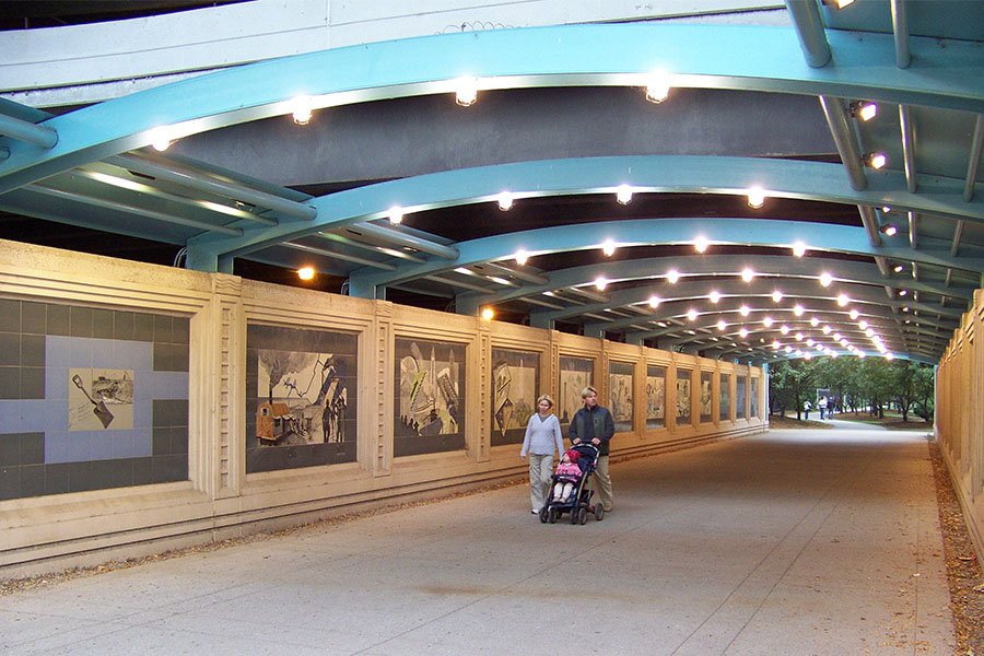 Duroweld_ProjectImages_CHICAGO RIVERWALK & LAKE SHORE DRIVE LIGHTED ARCHWAY STRUCTURES3_900x600