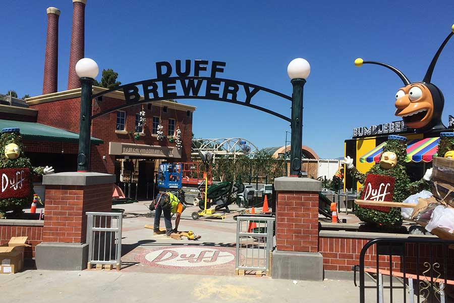 Duroweld_ProjectImages_DUFF-BREWERY-SIGNAGE1_900x600