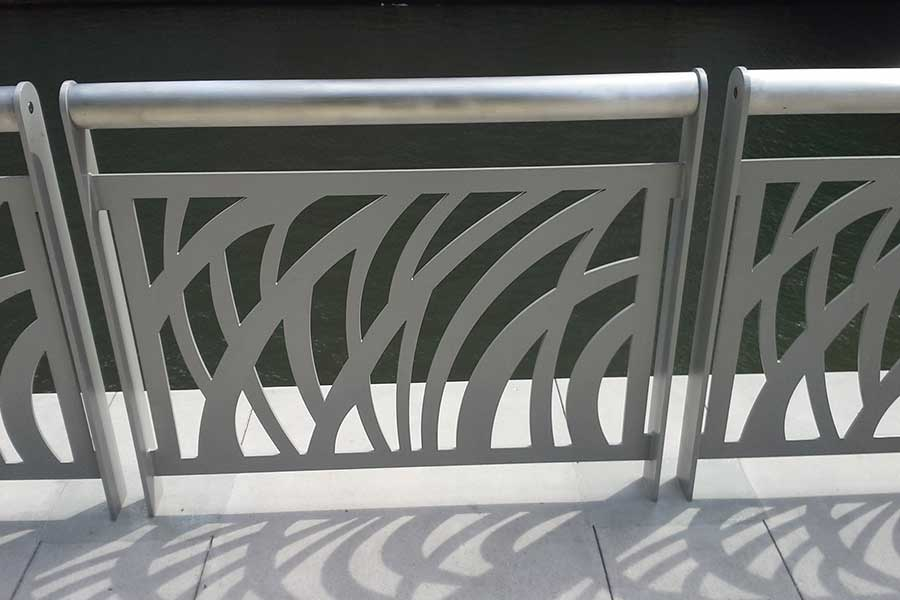 Duroweld_ProjectImages_RIVERSIDE-CUSTOM-STAINLESS-STEEL-RAILING2_900x600