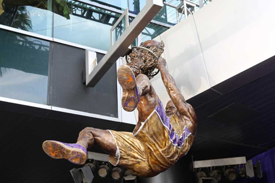 Duroweld_ProjectImages_SHAQ-STATUE1_900x600