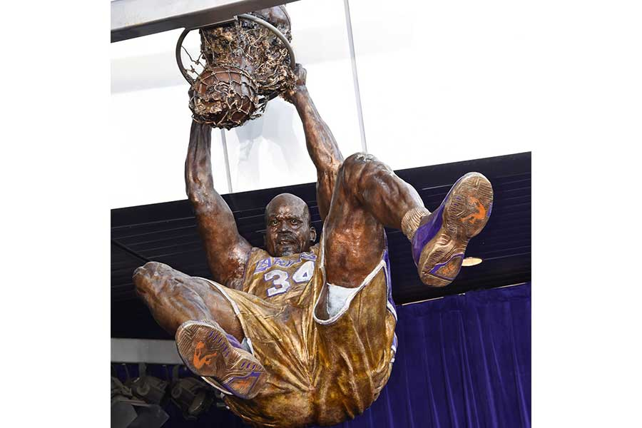 Duroweld_ProjectImages_SHAQ-STATUE3_900x600