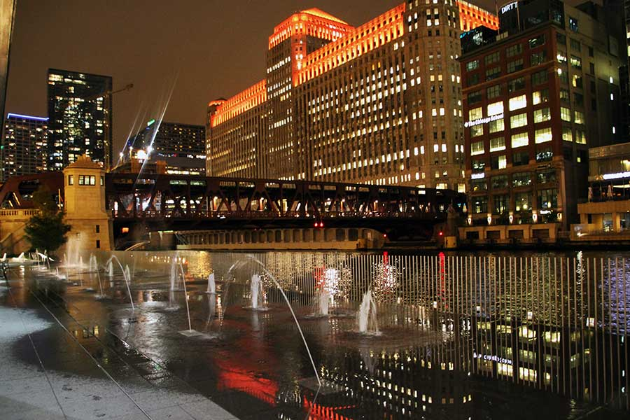 Duroweld_ProjectImages_CHICAGO-RIVERWALK-FOUNTAIN-FEATURES1_900x600