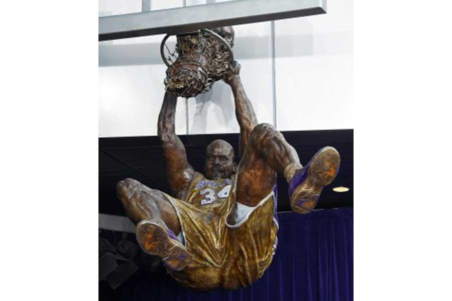 Duroweld_ProjectImages_SHAQ-STATUE2_900x600